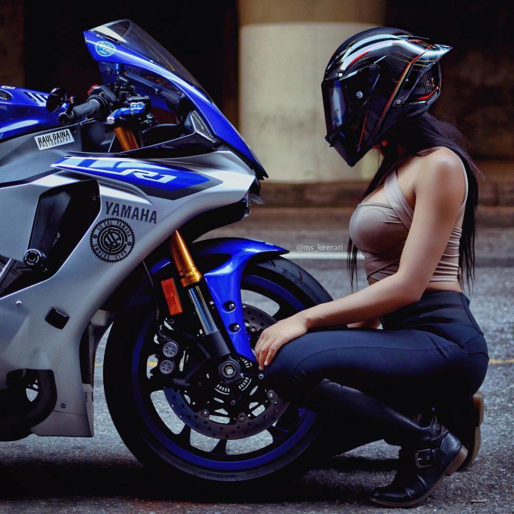 hot bike girl