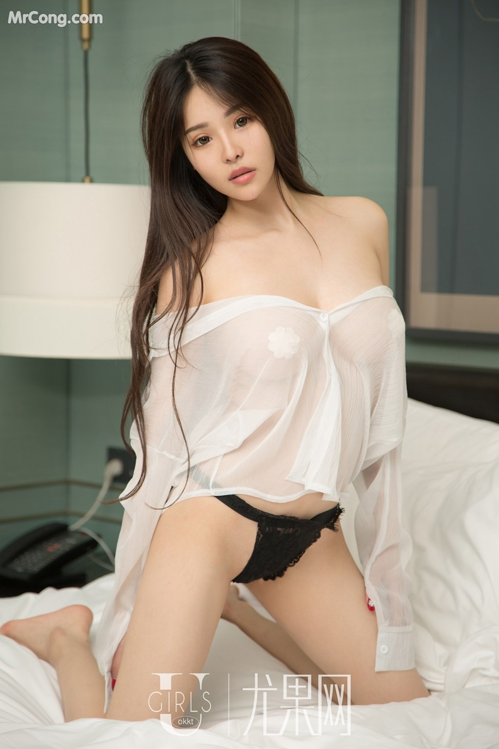 hot & cute Chinese lingerie glamour