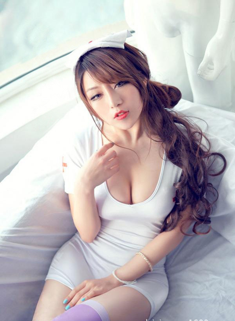 hot nurse wearing Chinese