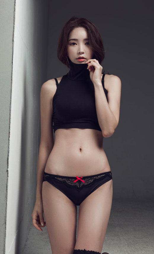 cool Korean model